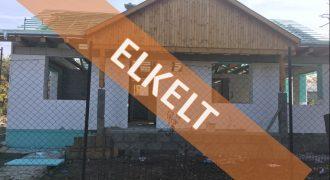 Eladó ÚJ épitésű IKERHÁZ 2113 Erdőkertes (Budapest-Pest m.) #8007