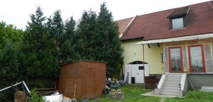 Eladó SORHÁZ 2170 Aszódon Központban a Gimnázium mögött! (Budapest – Pest m.) #7829