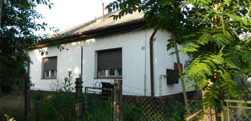 Eladó családi ház 8693 Lengyeltóti, Rákóczi Ferenc út 47. alatt (Somogy m.) #7985