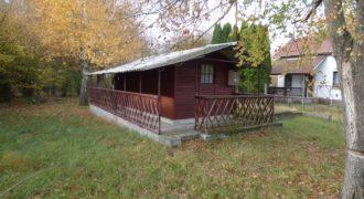 Eladó Nyaraló 2711 Tápiószentmárton, (Pest m.) Regisztrált Vevőinknek #14536