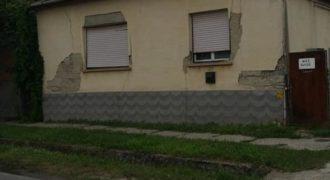 """Eladó Házrész 6239 Császártöltés (Bács-Kiskun m.) """"TANYA"""" """"FARM"""" Regisztrált Vevőinknek #14111"""
