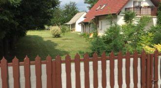 Eladó Kiváló Családi Ház 8649 Balatonberény (Somogy m.) Regisztrált Vevőinknek #14187