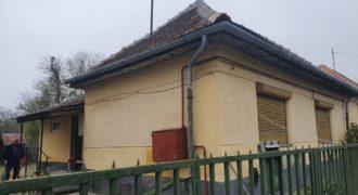 Eladó ház 2100 Gödöllő (Budapest-Pest m.) Regisztrált Vevőinknek #27555Gd